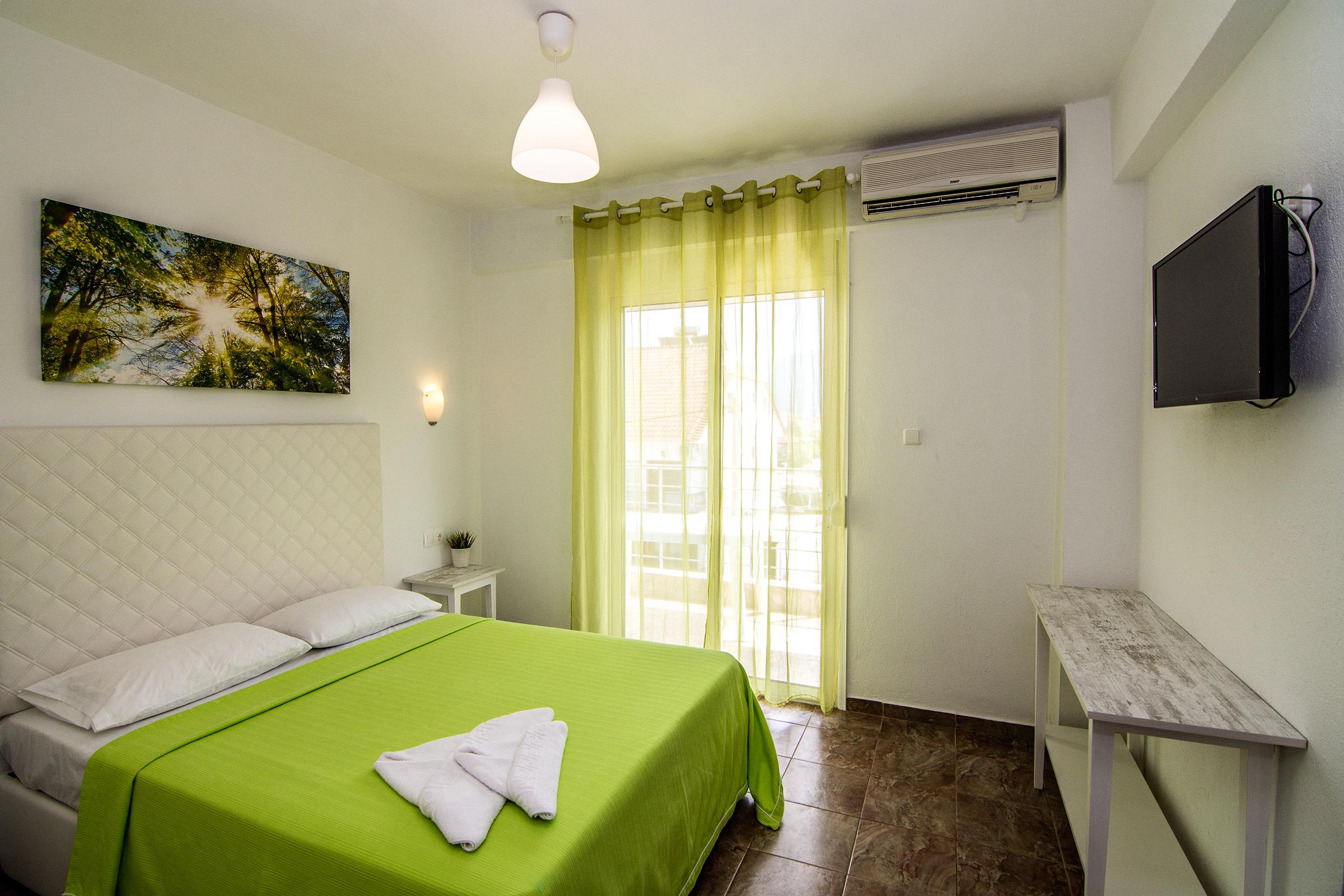 Philoxenia Evgenia - Vrasna Beach - Deluxe Apartment - www.philoxenia-hotels.com